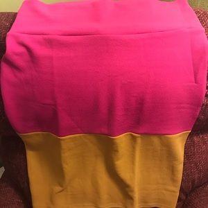 Women's Lularoe Cassie skirt